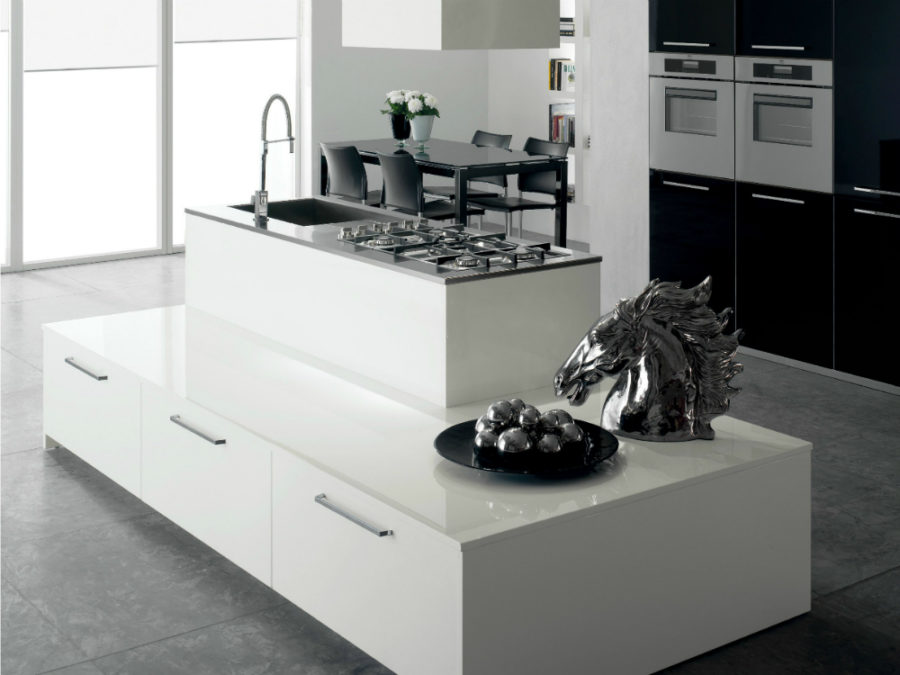 Layered kitchen island Nxos by Del Tongo