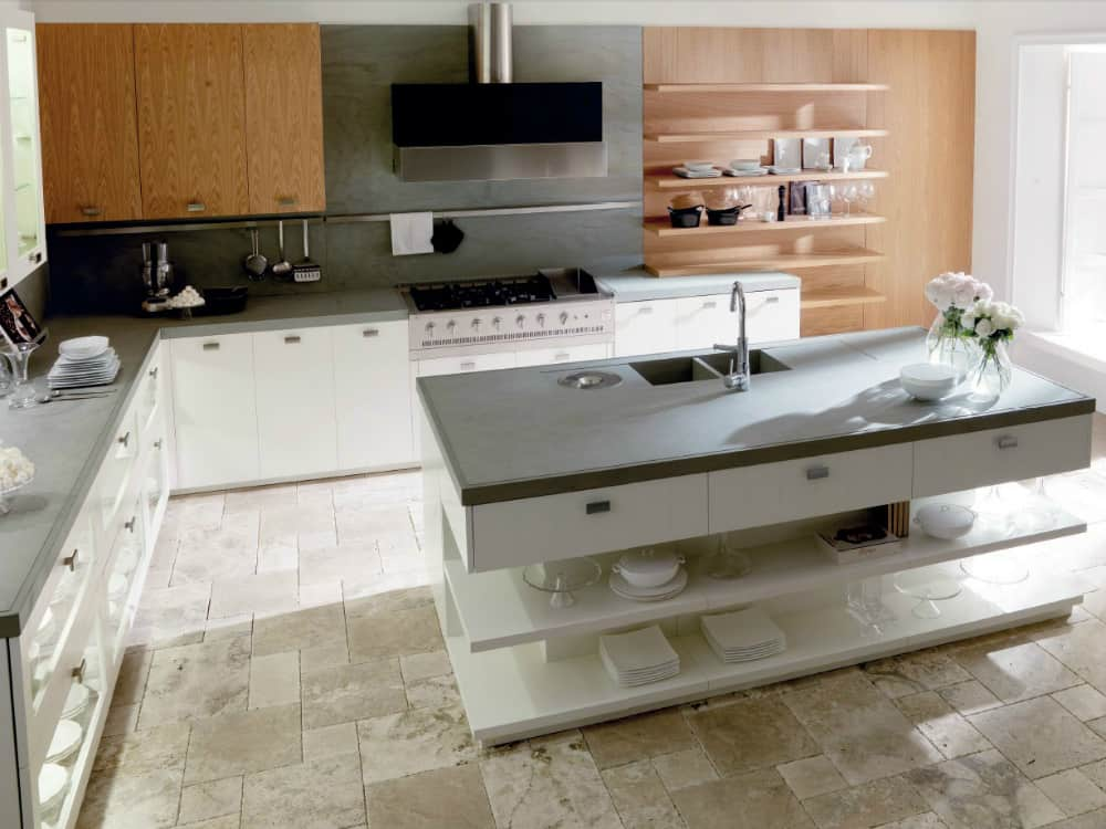 Nantia White Oak kitchen island by Toncelli Cucine