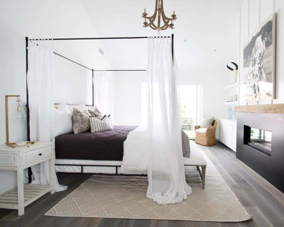 Romantic bedroom design by Blackband Design