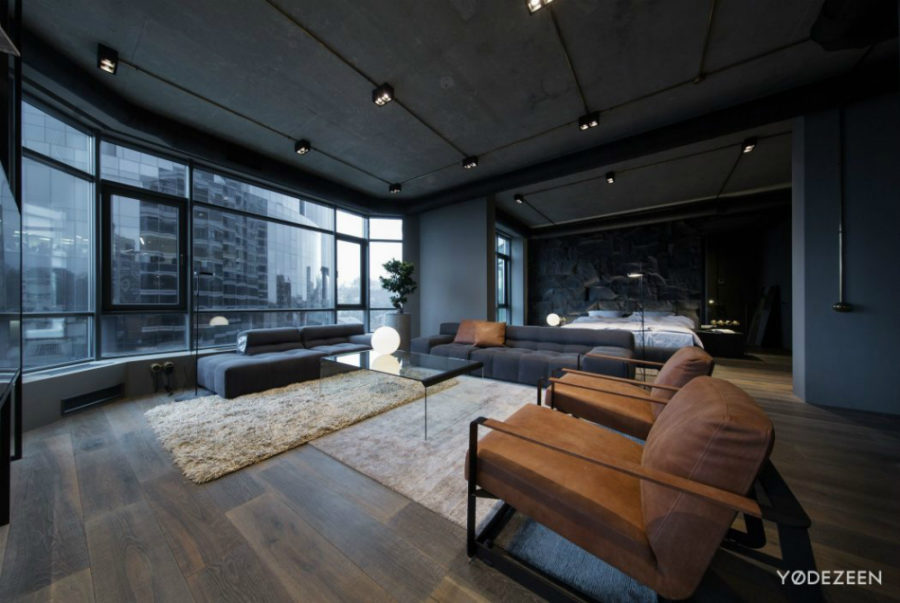 Dark Apartment In Kiev Maximizes Space With Reflective