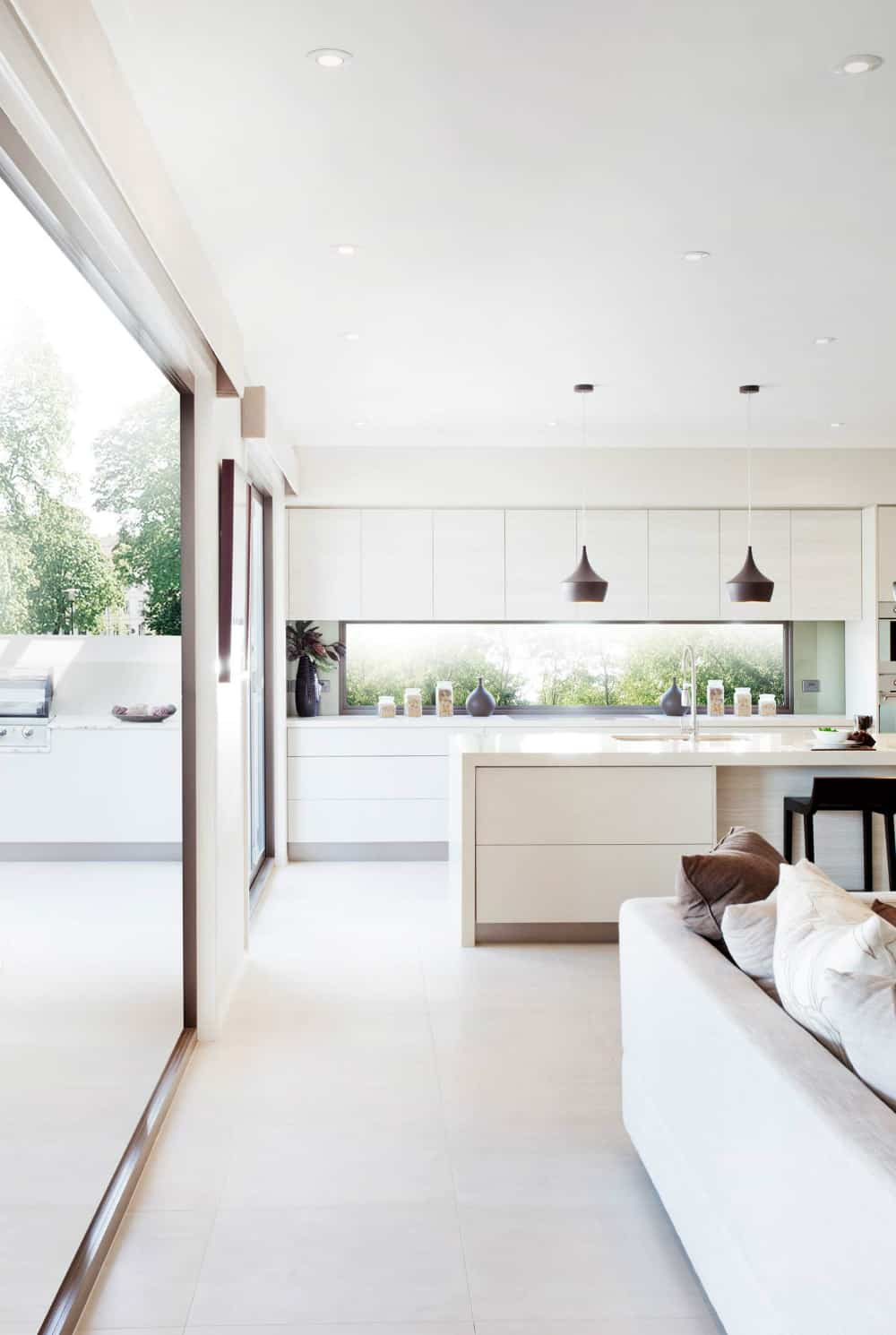 Extending white kitchen