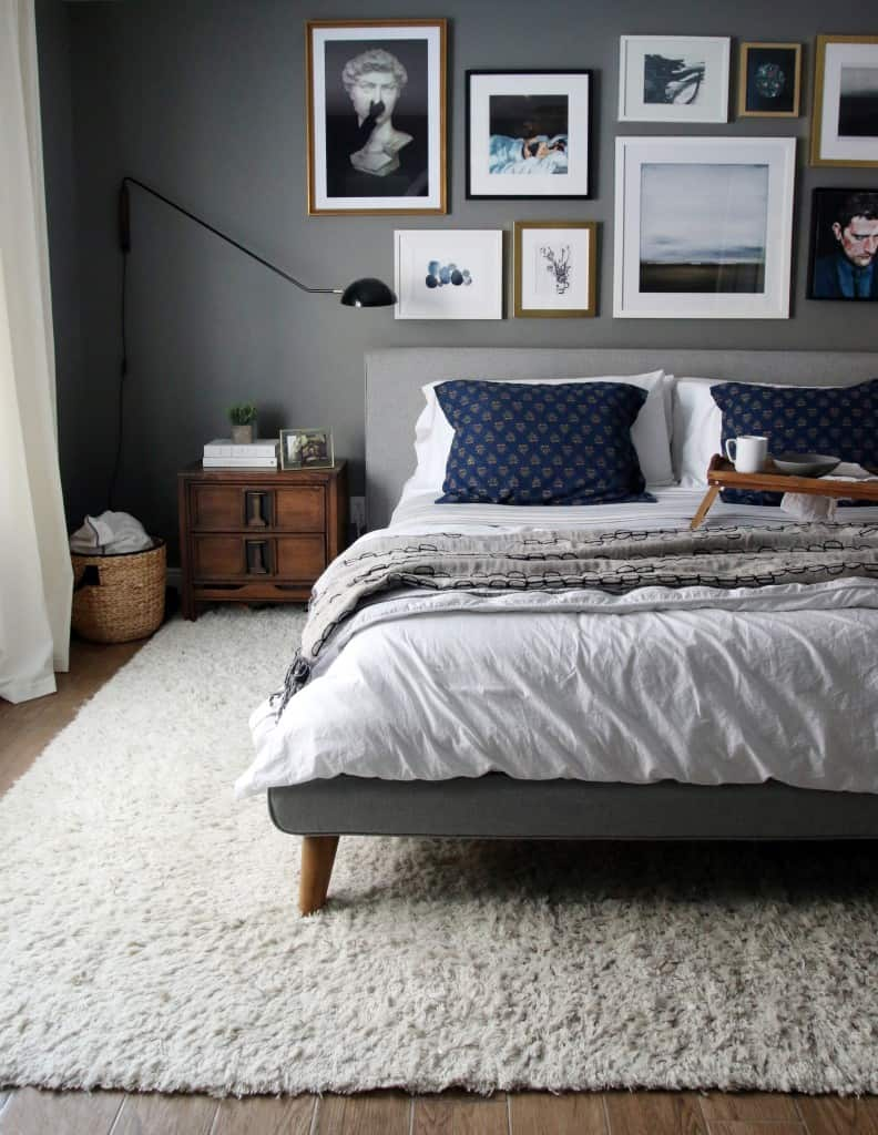 Gray Modern Relaxed Bed