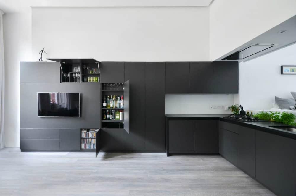 Minimal kitchen storage has plenty of room