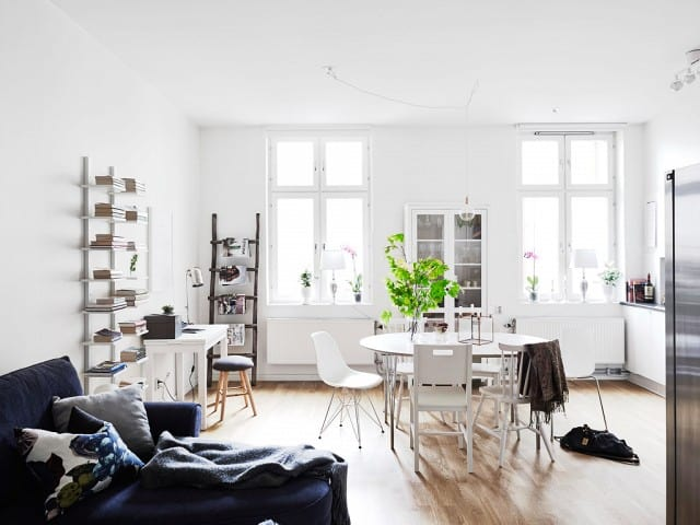 Minimum Accessories For Small Spaces