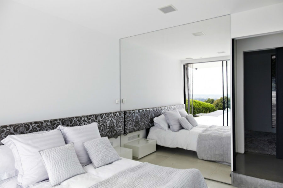 Superbe ... Mirrored Wall 900x600 Bedroom Mirror Designs That Reflect Personality
