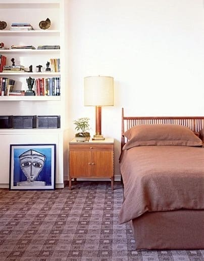 Modern Spindle Bed