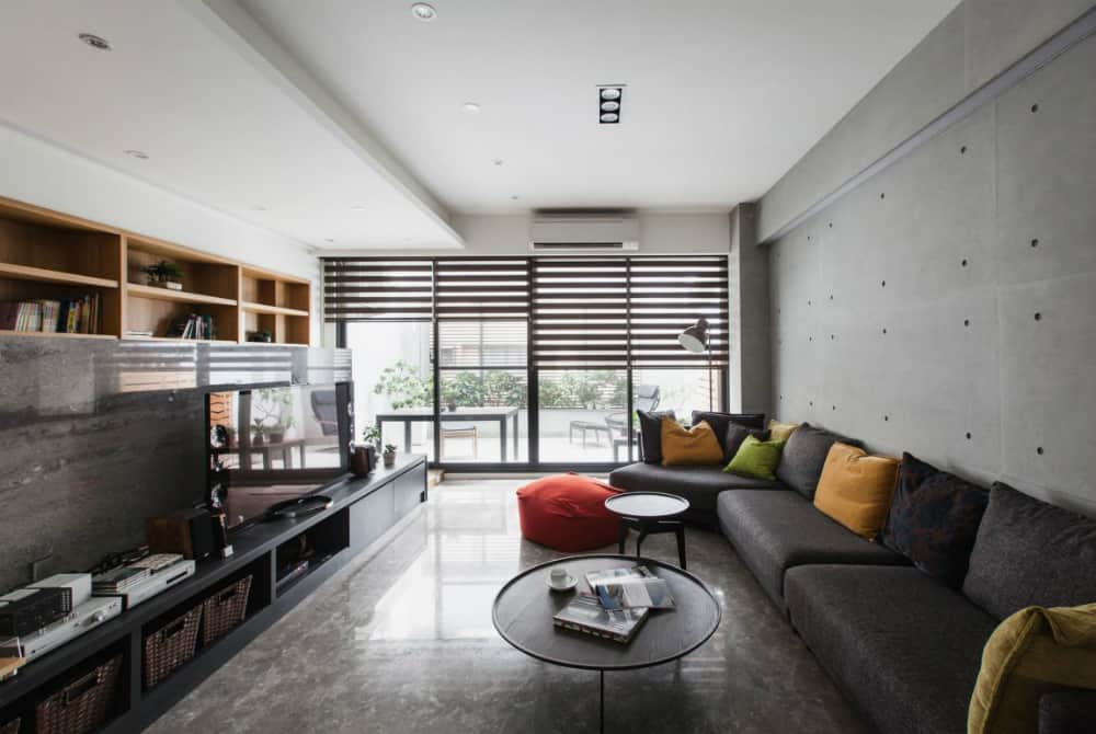 Modern apartment by PMD
