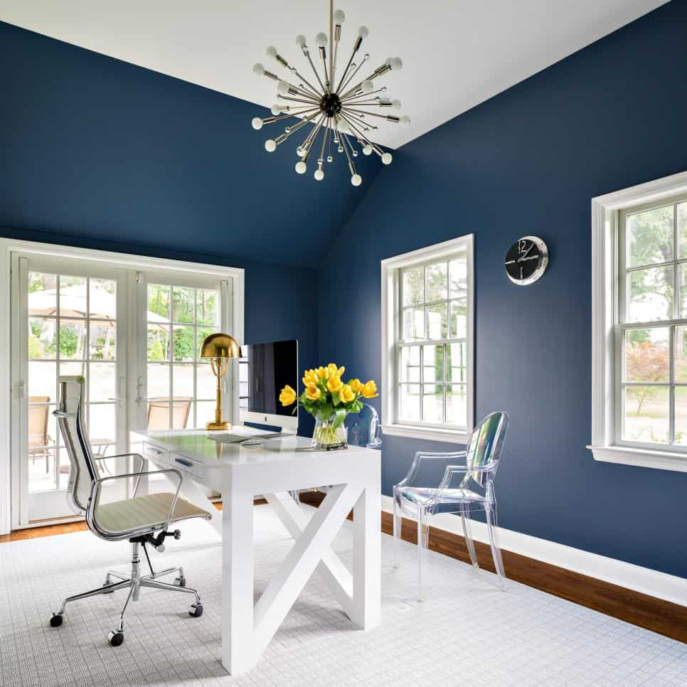 Navy home office by Claire Paquin