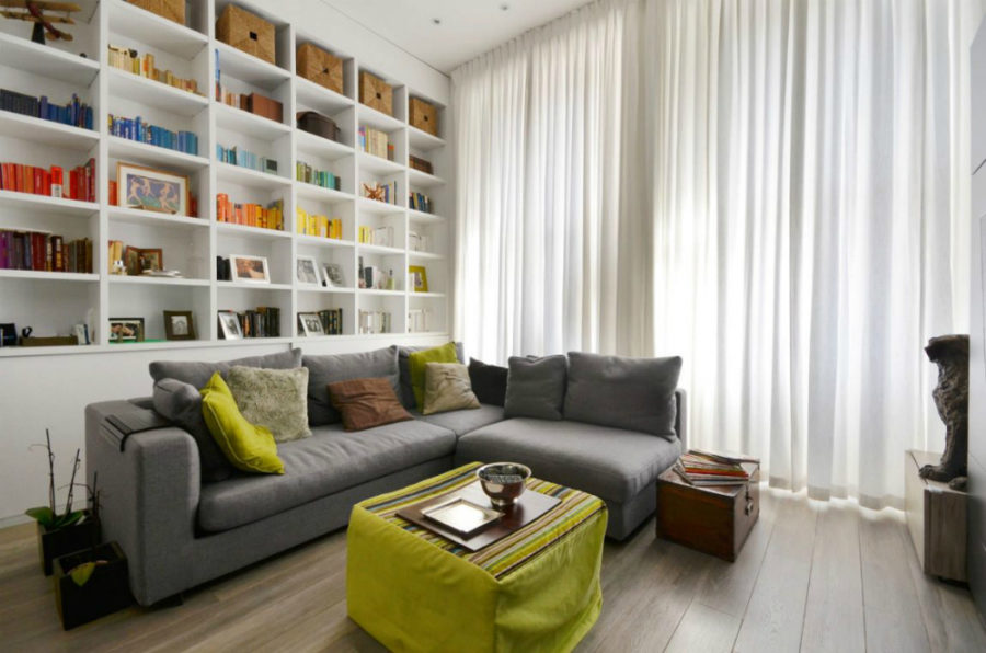 Nevern Square Apartment 900x596 Small London Apartment With an Interior Window That Makes a Huge Difference