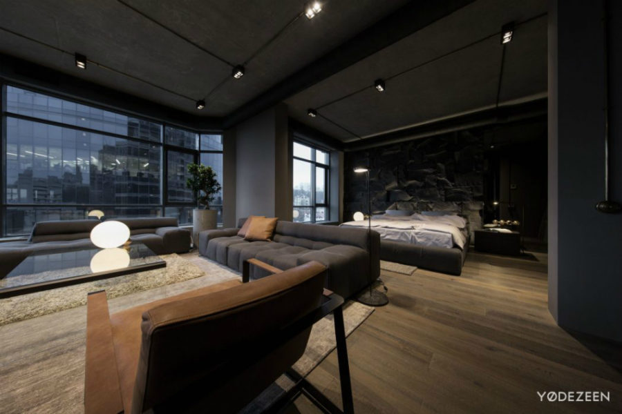 dark apartment in kiev maximizes space with reflective. Black Bedroom Furniture Sets. Home Design Ideas