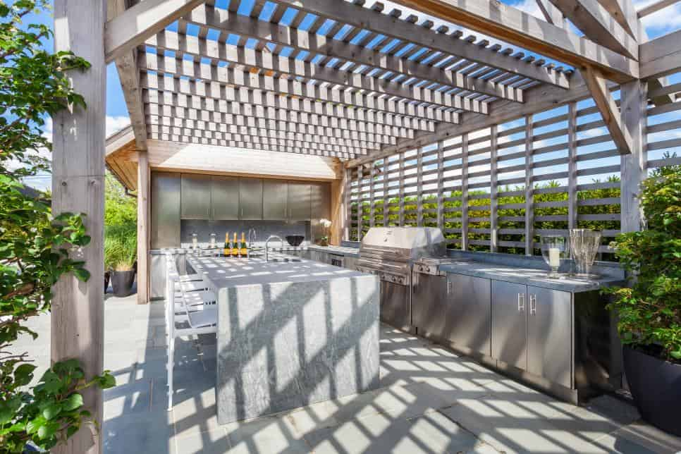 SOJO Design outdoor kitchen