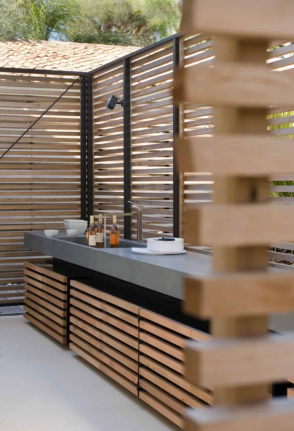 Screened wooden kitchen