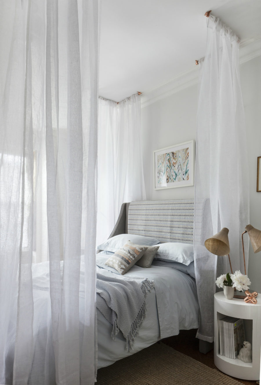 Best View in gallery Sophisticated canopy bed