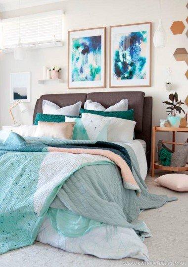 Traditonal Fabric Modern Bed