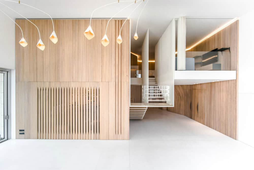 Wooden walls look surprisingly cool and contemporary