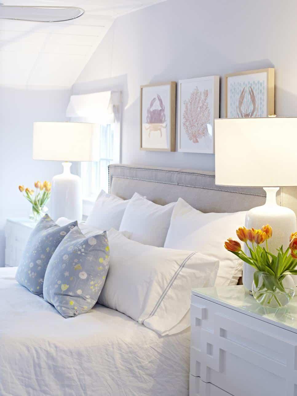 Perfect symmetry bedroom design