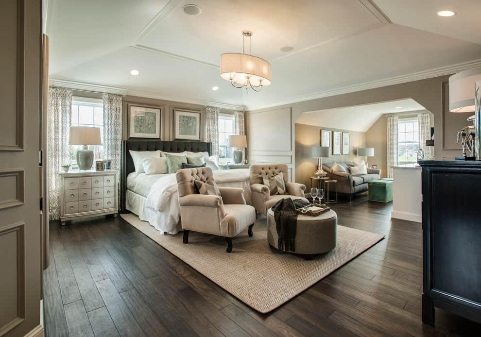 Bedroom-With-Brown-Walls-And-Dark-Hardwood-Floors