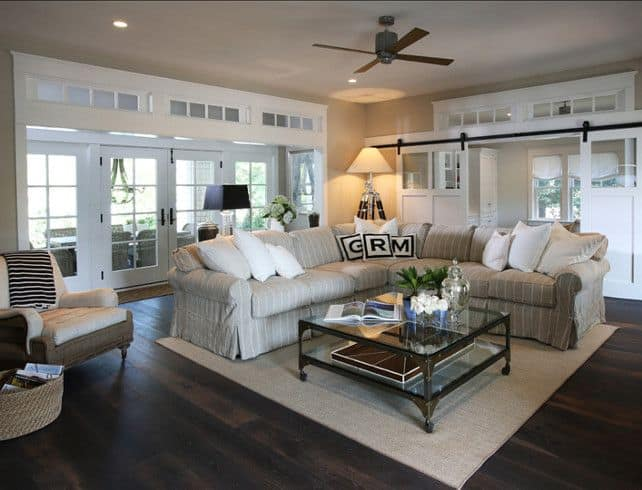 40 dark hardwood floors that bring life to all kinds of rooms for Living room designs with dark hardwood floors