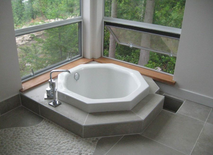 japanese soaking tub.  Japanese soaking tubs View in gallery 19 Soaking Tubs That Bring the Ultimate Comfort