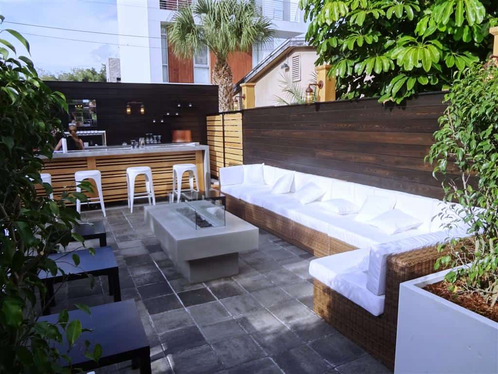 Outdoor Modern Bar with seating