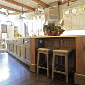 Pecky cypress kitchen 285x285 Our Pick on the Best Kitchen Design Trends