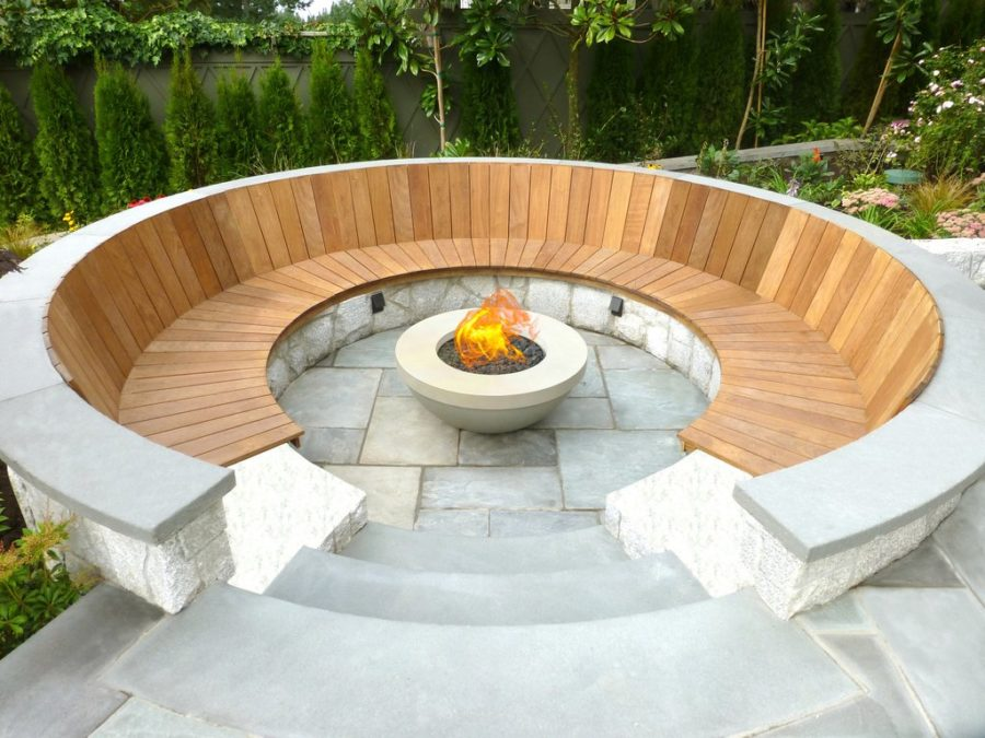 Pure Modern Outdoor Fire Pit 900x675 20 Modern Fire Pits That Will Ignite The Style Of Your Backyard