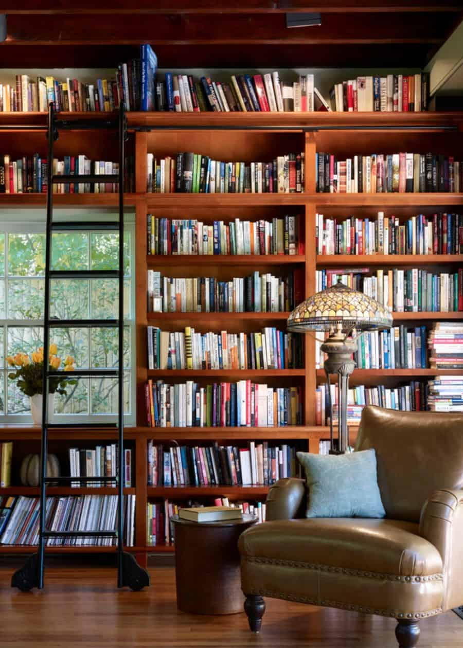 Keep hundreds of books with these shelves.