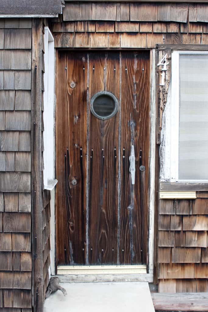 20 front door designs to revamp your welcome. Black Bedroom Furniture Sets. Home Design Ideas
