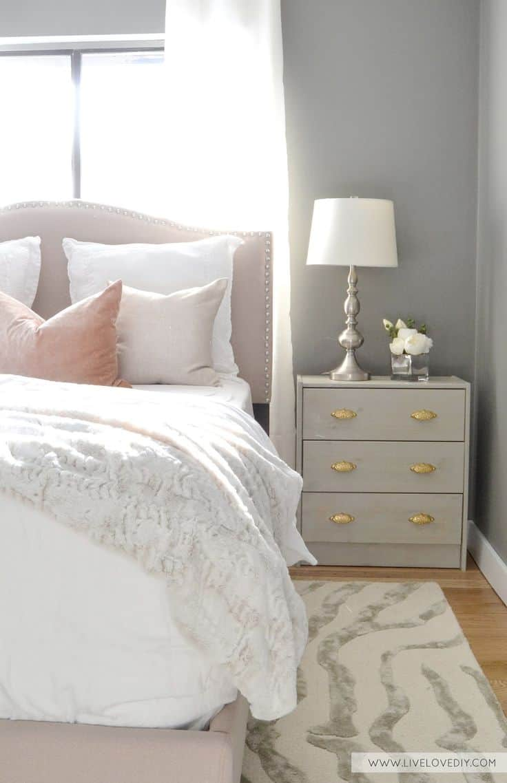blush and gray bedroom