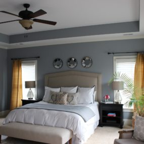 modern gray master bedroom 285x285 40 Gray Bedrooms Youll Be Dreaming About Tonight
