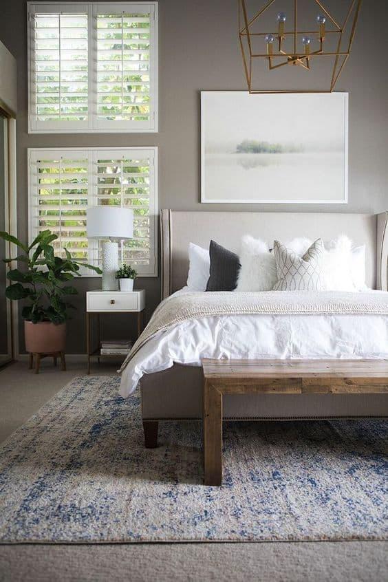 modern traditionla bedroom
