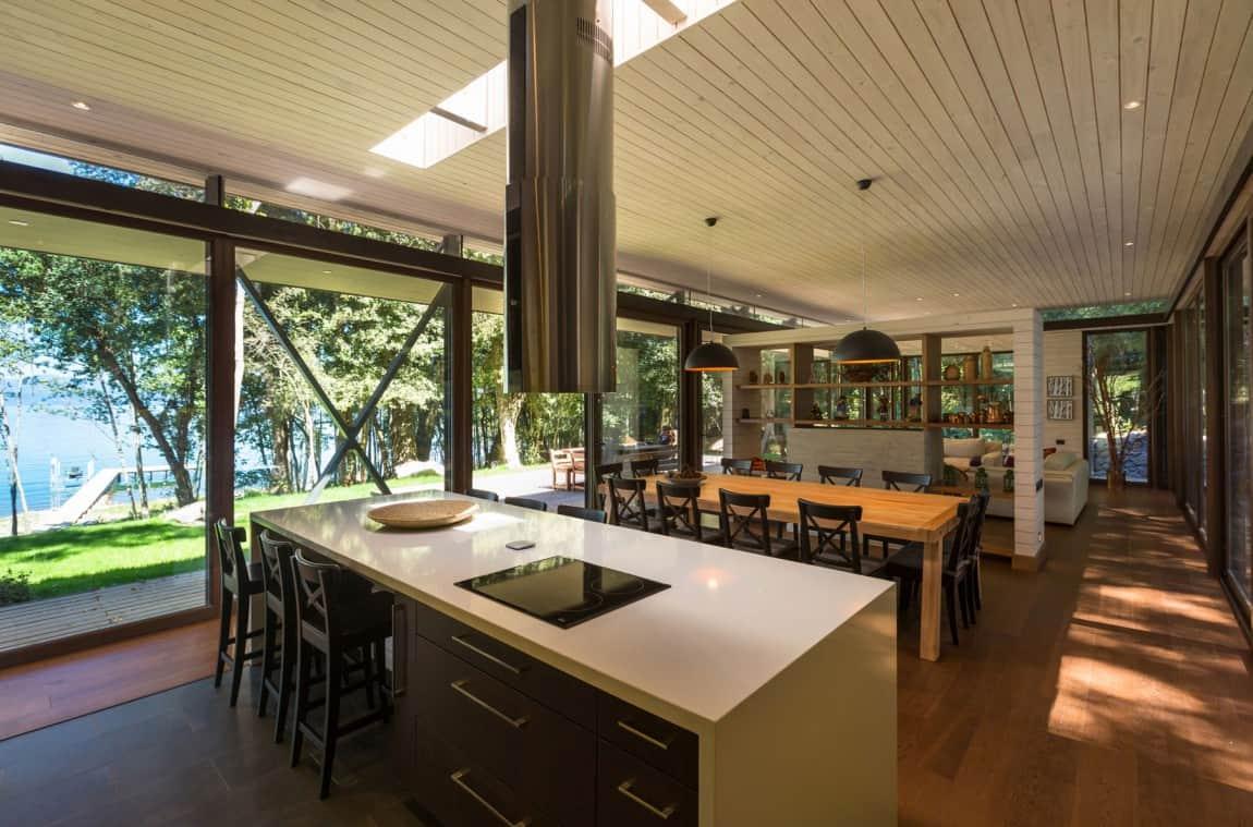open-space-kitchen-plenty-of-storage