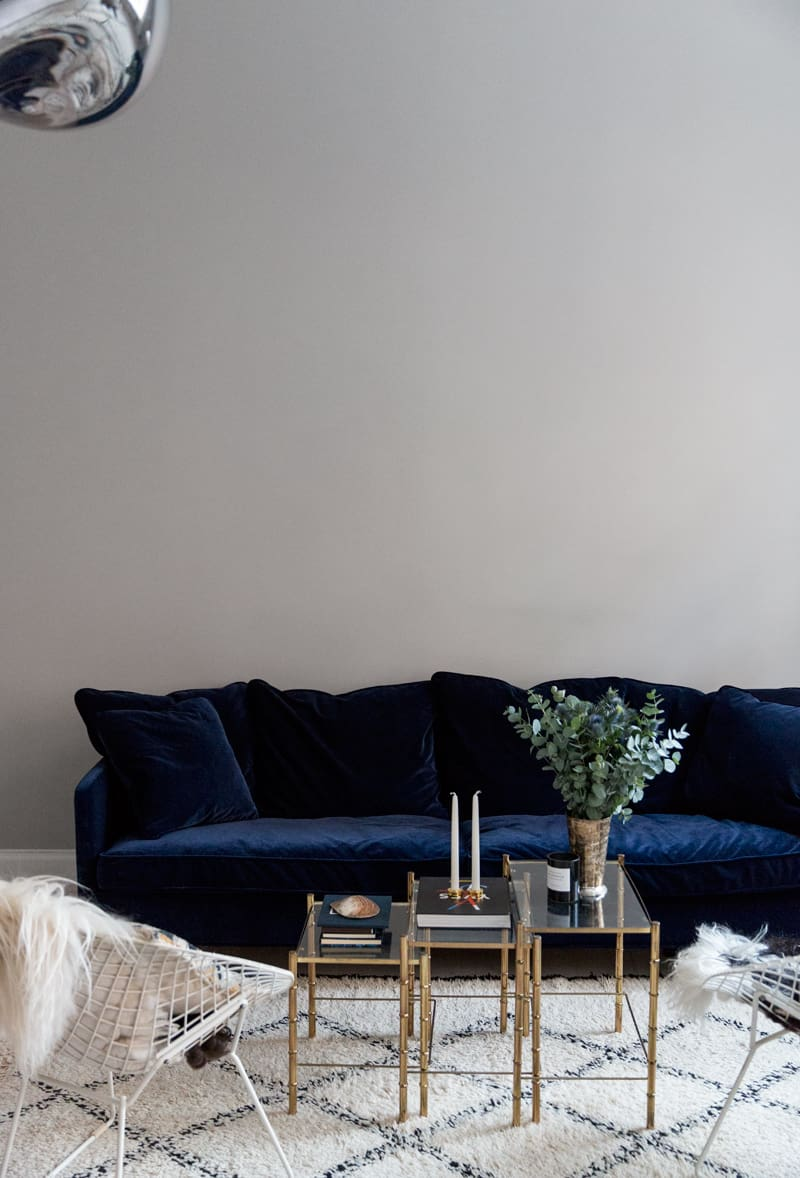 perfect blue velvet couch
