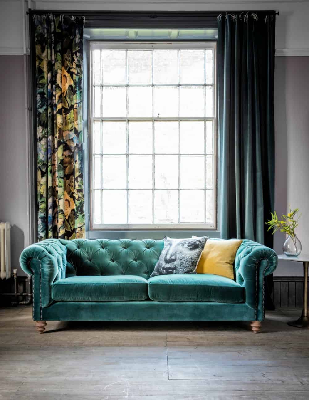 40 Velvet Sofas That Add A Bit Of Sex Appeal To The House