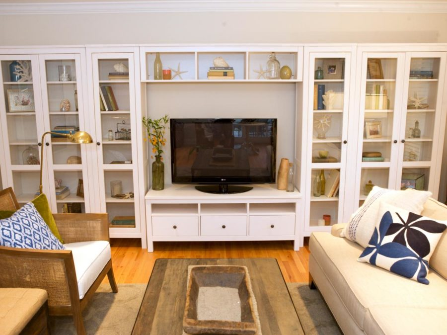 Shelves with Glass Doors 900x674 Ideas of How to Make Built in Shelves Chic