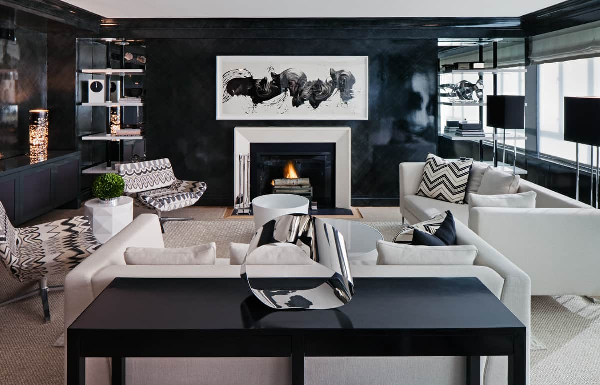 Black is coming back with a vengeance as the it color for 2018 for Modern living room 2018