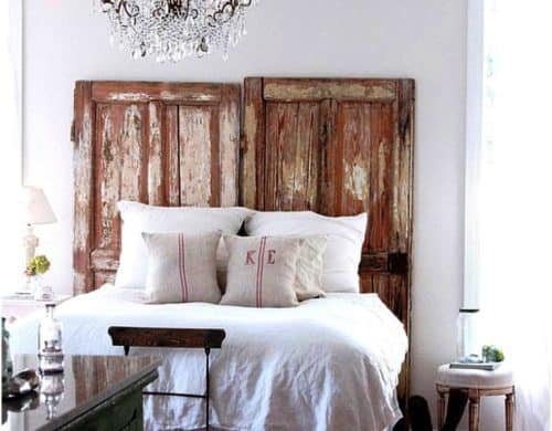 15 Bedroom Chandeliers That Bring Bouts of Romance & Style