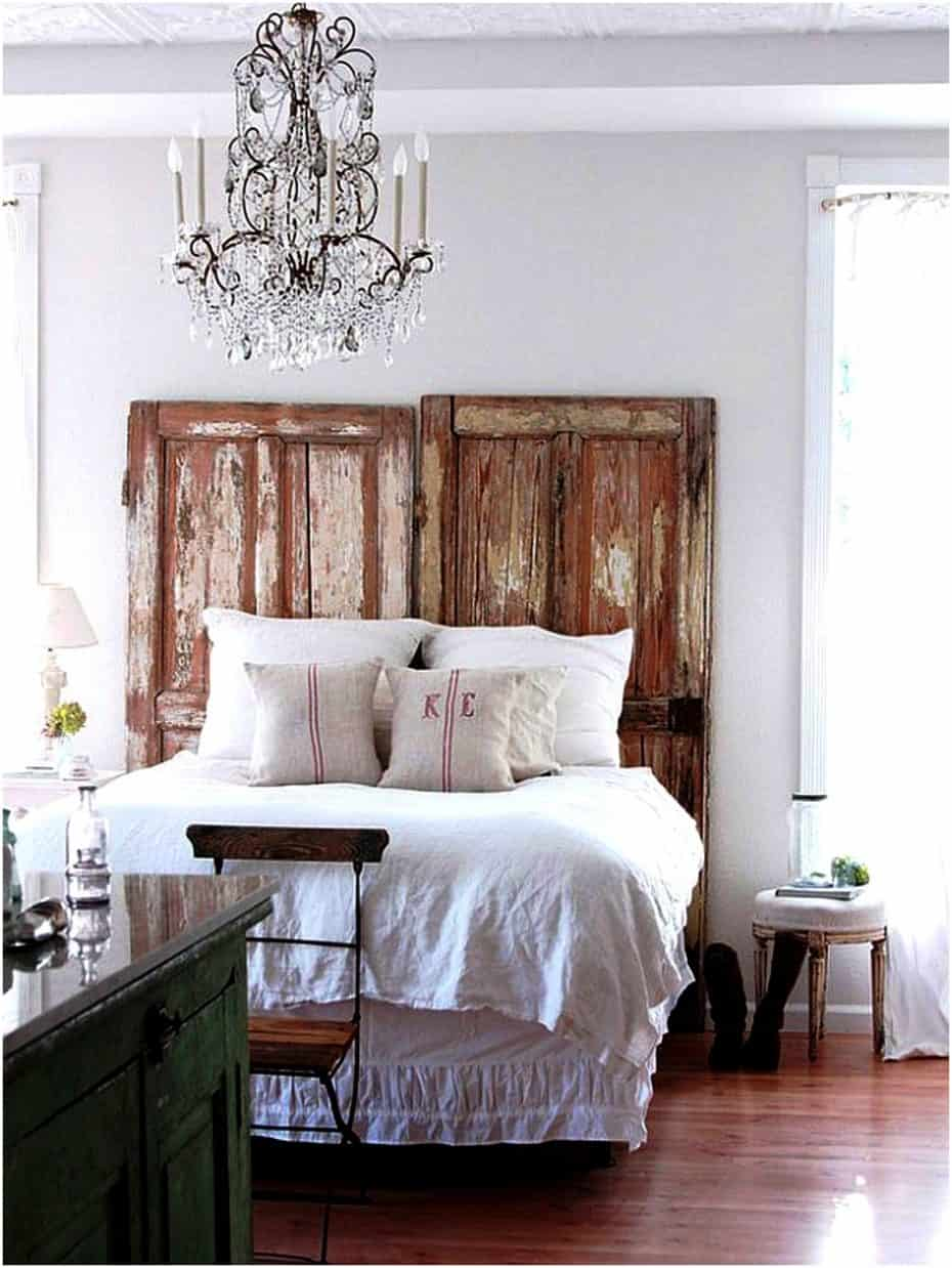 15 Bedroom Chandeliers That Bring Bouts Of Romance Amp Style