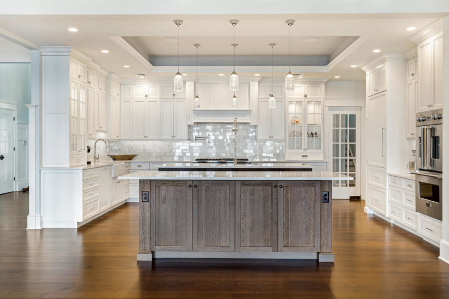white and wooden modern dream kitchen 900x600 15 Dream Kitchens We All Hope To Have One Day