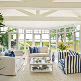 casual sunroom 285x285 Tips and Tricks for Redecorating Your Sunroom