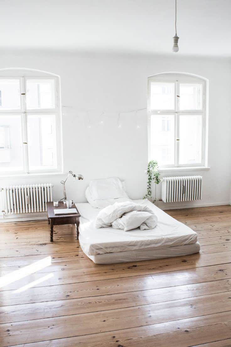 Trendir & 40 Simple and Chic Minimalist Bedrooms