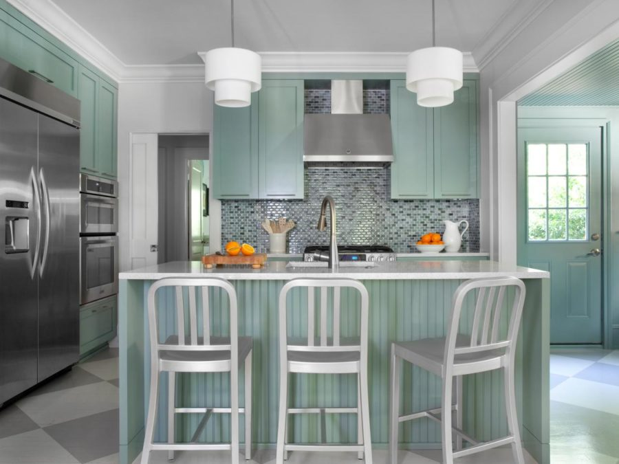 Romantic And Welcoming Grey Kitchens For Your Home Essentialsinside - Kitchens in grey tones