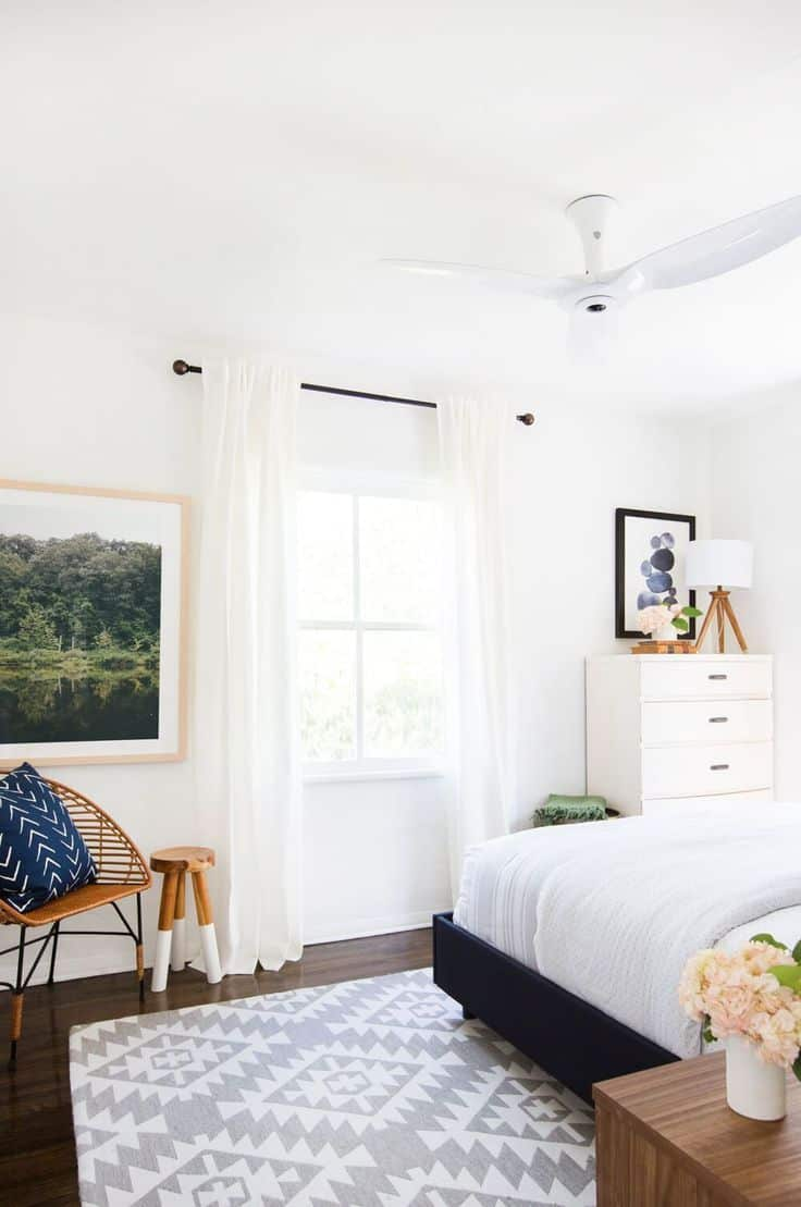 Interior Design Of Guest Room: 40 Simple And Chic Minimalist Bedrooms