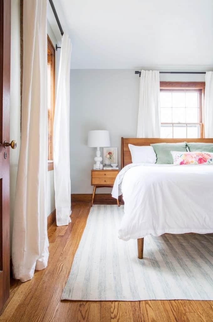 minimal midcentury modern bedroom
