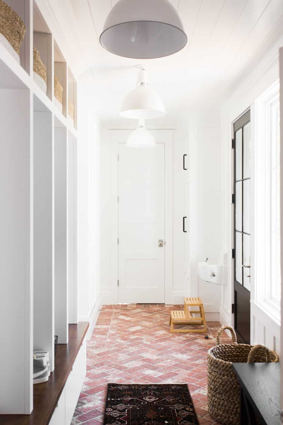 minimal small bench in mudroom