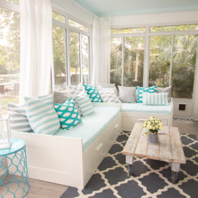 pattern sunroom 285x285 Tips and Tricks for Redecorating Your Sunroom