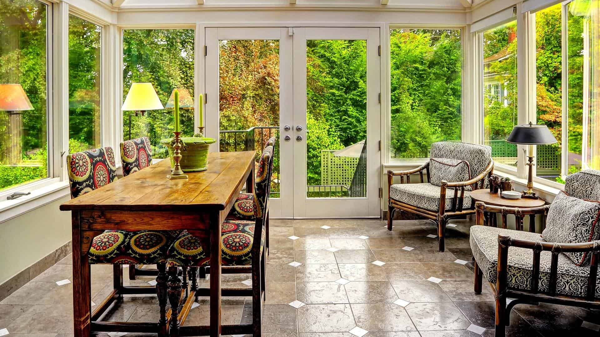 Tips and tricks for redecorating your sunroom for Kitchen with sunroom attached