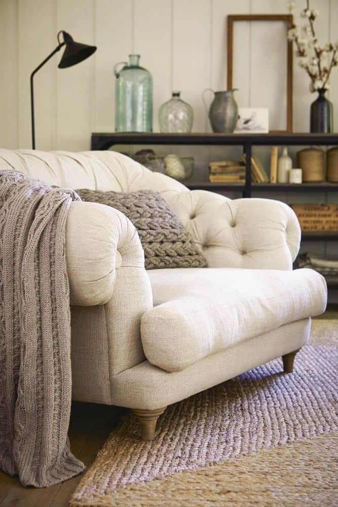tufted cream reading chair
