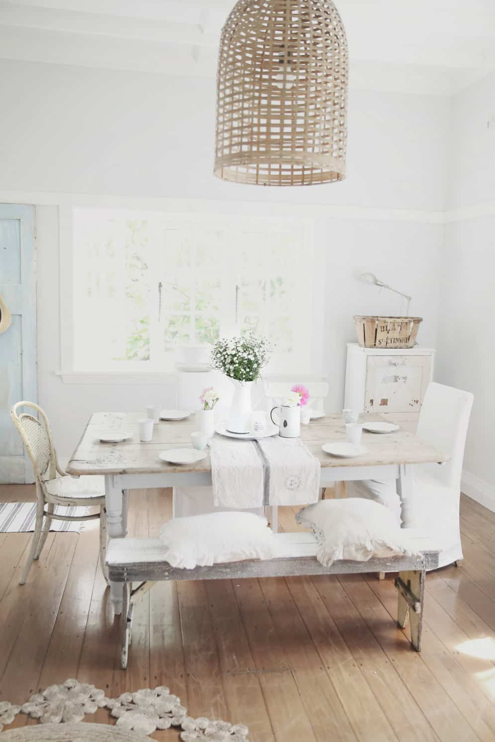 Give your home the rustic chic twist you have always - Rustic chic living room ...