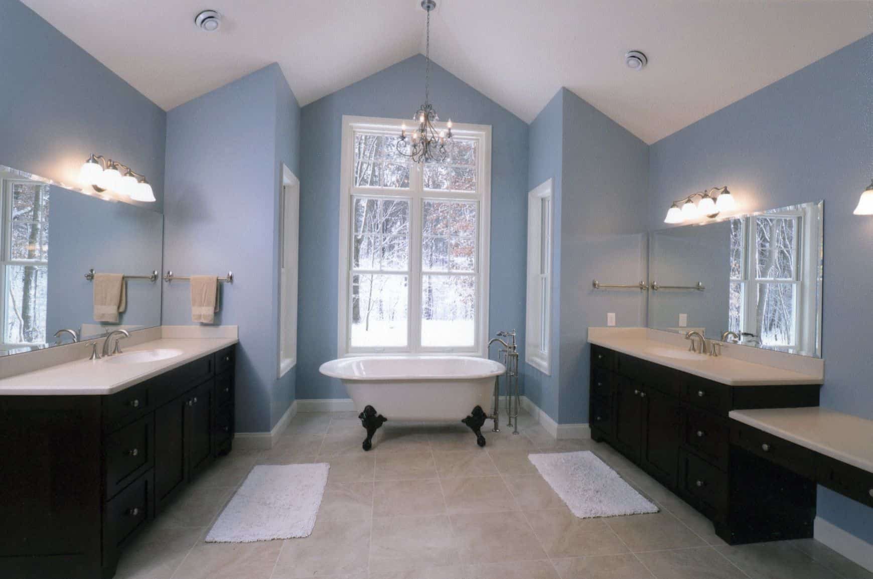 blue bathroom How to Properly Decorate With Shades of Blue